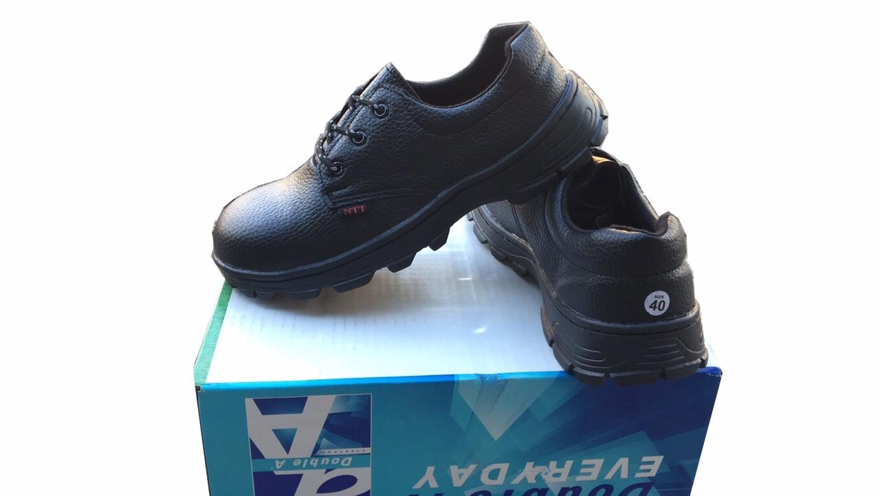 giày công nhân mũi sắt may đế rất bền